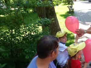 Peste 300 de copii din municipiul reşedinţă de judeţ au primit de ziua lor daruri din partea tinerilor din organizaţia municipală Suceava a PSD