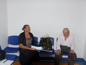 Elena şi Titus Apetrei, în secţia Pneumologie aşteptând internarea