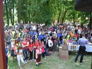 Sute de copii au participat la manifestările de la Băneşti
