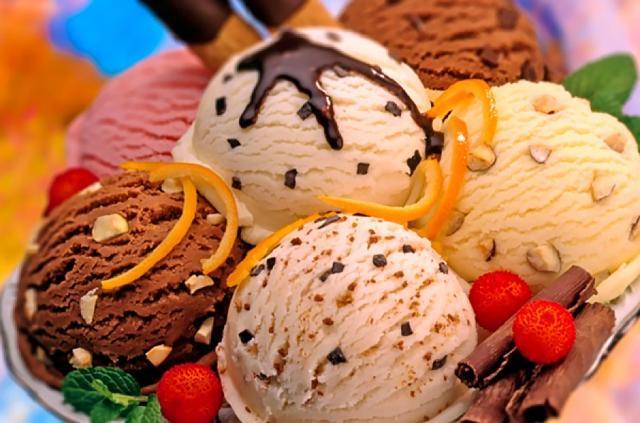 Înghețată de casă (ca în vremea lui Bacalbașa)