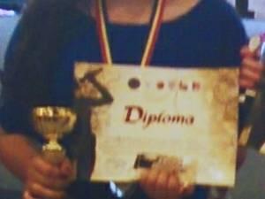 """Trofeul """"Vocea Bucovinei"""" a fost obţinut de eleva Diana Al Ahmad de la Şcoala Gimnazială """"Miron Costin"""" Suceava"""