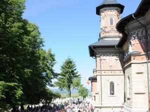 """Resfinţirea Bisericii """"Sf. Treime"""" din comuna Fântâna Mare"""