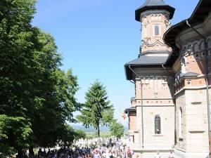 Refsintirea Bisericii Sf. Treime din comuna Fantana Mare