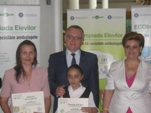 """Georgiana Mihăilă, elevă la Şcoala Gimnazială """"Ion Irimescu"""" Fălticeni, a obţinut Premiul II"""