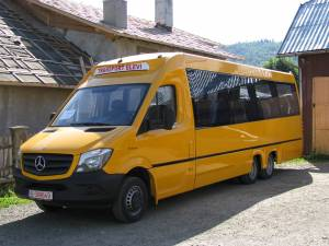 Primăria Vama a reușit să obțină de la Gurvern un nou mijloc de transport pentru elevi