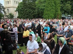 Mii de pelerini din toate colţurile ţării sunt aşteptaţi astăzi şi mâine la Mănăstirea Sf. Ioan cel Nou de la Suceava