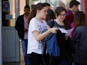7.044 de absolvenţi ai ciclului gimnazial au participat luni, 22 iunie, la proba de limba română