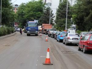 Închiderea unui sens de circulaţie pe bd George Enescu a dat peste cap traficul rutier în întreaga zonă