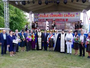 14 cupluri de aur din comuna Cacica au fost premiate de primarul Elena Boloca