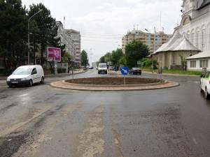 Una din principalele intersecţii din municipiul Suceava, Mărăşeşti, va fi restricţionată parţial traficului rutier astăzi şi mâine