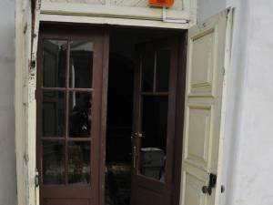 Uşa Bisericii Armenești din Suceava