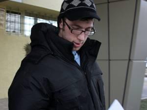 Verincianu a fost prins de poliţişti în urma unui flagrant organizat după ce a şantajat-o pe stareţa Mănăstirii Dragomirna