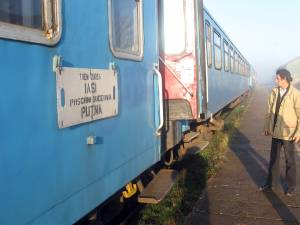 Trei ani de când trenurile nu mai ajung la Putna