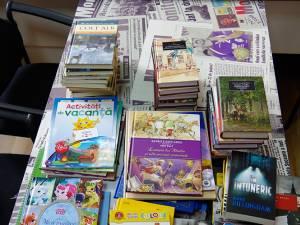 Volumele pe care le veți regăsi în biblioteci fac parte din colecțiile consacrate ale Editurii Litera