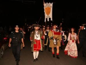 Parada cu făclii pe străzile Sucevei