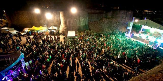 """Festivalului Internaţional """"Bucovina Rock Castle"""" se desfăşoară în intervalul 20-22 august. Foto: dragusanul.ro"""