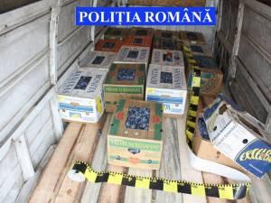 Cutiile în care erau ascunse ţigările de contrabandă