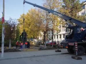 Statuia domnitorului moldovean a revenit în Centru după o absenţă de aproape 5 ani