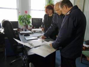 Primele verificări au fost legate de avizele şi documentele existente