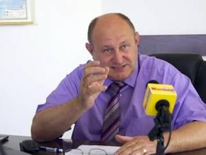 Vasile Andriciuc, primarul comunei Şcheia, a fost absolvit de orice acuzaţie de corupţie în dosarul schimburilor de terenuri de la şoseaua de centură a Sucevei
