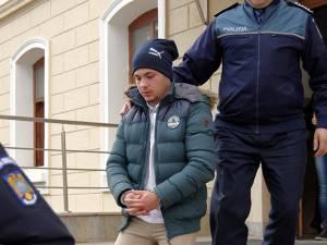 Cei doi inculpaţi arestaţi preventiv ieri de Tribunalul Suceava