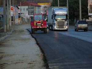 Lucrările au fost sistate când urma să mai fie redată circulaţiei o porţiune din strada Traian Vuia