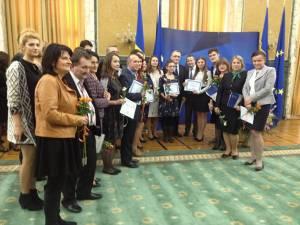 Olimpicii suceveni alături de îndrumătorii lor, la Guvernul României