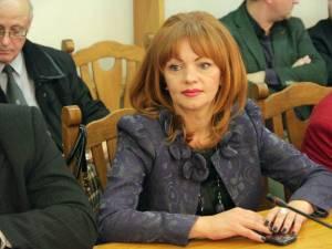 Directorul executiv al AJOFM Suceava, Mirela Adomnicăi