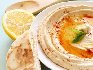 Hummus (de post). Foto: israellycool.com