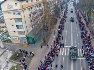 Pe 1 Decembrie, de la ora 12.00, vor fi organizate parada militară şi expoziţia de tehnică militară
