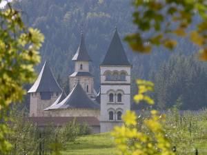 Încheierea proiectului de restaurare, modernizare şi conservare de la Mănăstirea Putna