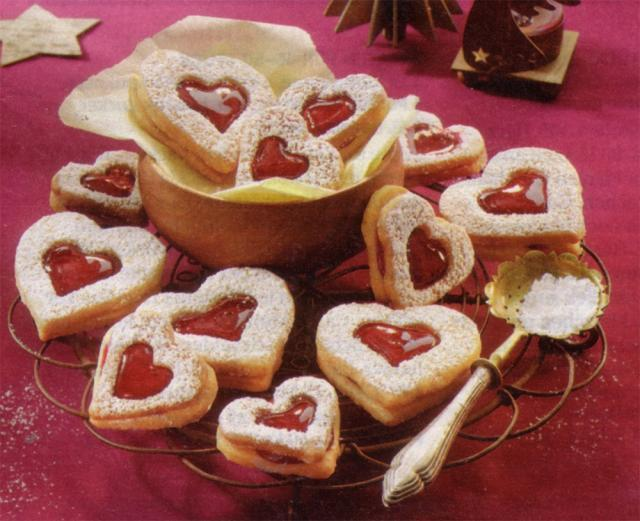 Biscuiți linzer (versiunea de post). Foto: mybestgermanrecipes.com