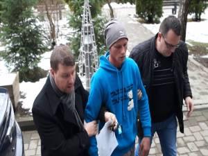 Ilie Morar (în mijloc)