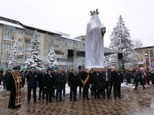 Autorităţile locale şi judeţene au sărbătorit Ziua Bucovinei la Gura Humorului