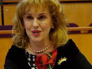 """Sanda-Maria Ardeleanu: """"La acest moment al bilanţului, doresc să le mulţumesc tuturor celor care au investit timp şi pasiune în CADISS şi ANADISS"""""""