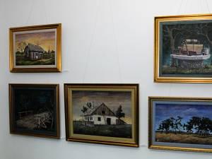 """Expoziţia de pictură """"Mozaic plastic – Artişti etnici italieni şi invitaţii lor"""""""