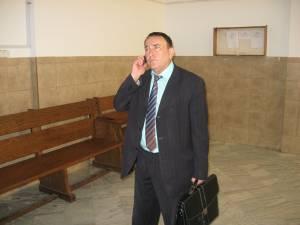 """Pompiliu Bota este acuzat că a """"fabricat"""" avocaţi şi pentru piaţa externă"""