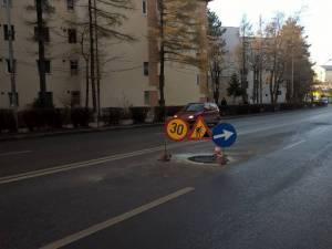 În apropierea blocului Belvedere, o gură de canal a fost deja refăcută de constructor