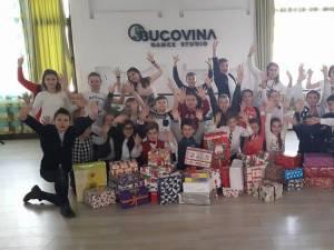 """""""Cutiuţa veselă"""", o campanie de strângere de cadouri pentru copiii din centrele de plasament sucevene"""