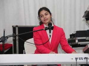 """Diana Căldăraru, adolescenta din Gura Humorului care a vrăjit o ţară întreagă cu vocea ei, finalistă la """"Românii au talent"""", a cântat la Gala """"Top 10 Suceveni"""""""