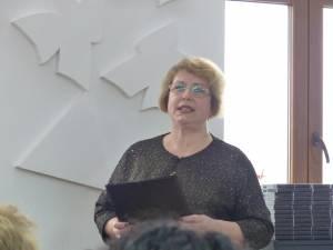 Alexandra Bejinaru, directoarea colegiului