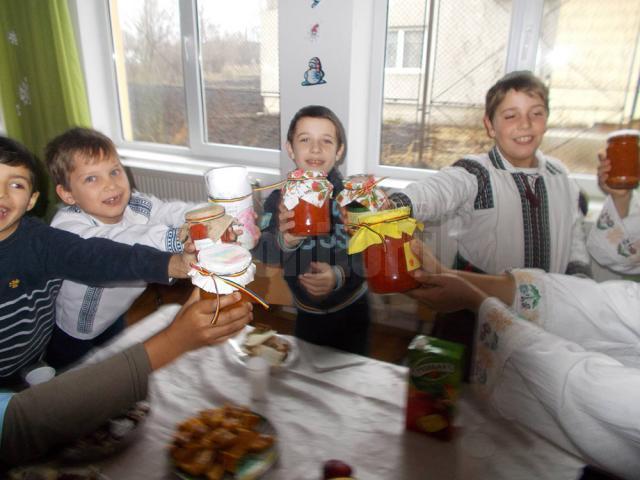 Cei mici au fost sfătuiţi să aleagă produse şi mâncăruri preparate acasă
