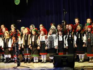 """Spectacolul """"Poveste de iarnă"""" al elevilor de la Palatul Copiilor Suceava"""
