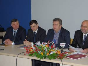 Conferinţa de presă de la spital şi semnarea contractului pentru centrul de radioterapie