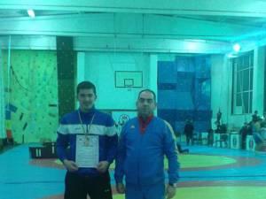 Teodor Chira, alături de antrenorul Valerică Gherasim