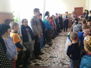 """,,Dăruind devenim mai buni"""", acţiune umanitară organizată de preşcolarii de la Grădiniţa """"Prichindel"""""""