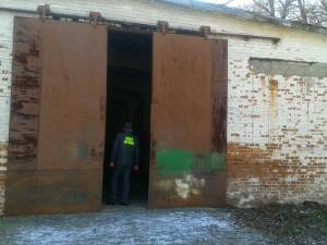Peste 50 de poliţişti, inspectori vamali şi de la ANAF au efectuat joi dimineaţă 29 de percheziţii domiciliare pe raza județului Suceava