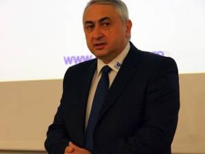 """Rectorul Universităţii """"Ştefan cel Mare"""" Suceava, prof. univ. dr. ing. Valentin Popa, şi-a depus candidatura pentru încă un mandat la cârma instituţiei"""