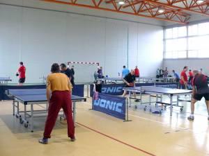 Cel mai mare turneu de tenis de masă din Moldova s-a desfăşurat sâmbătă la Fălticeni
