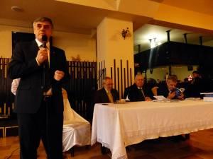 Primarul Ioan Pavăl şi membrii prezidiului